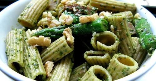 Pasta con Pesto di Asparagi - Ricette Vegetariane